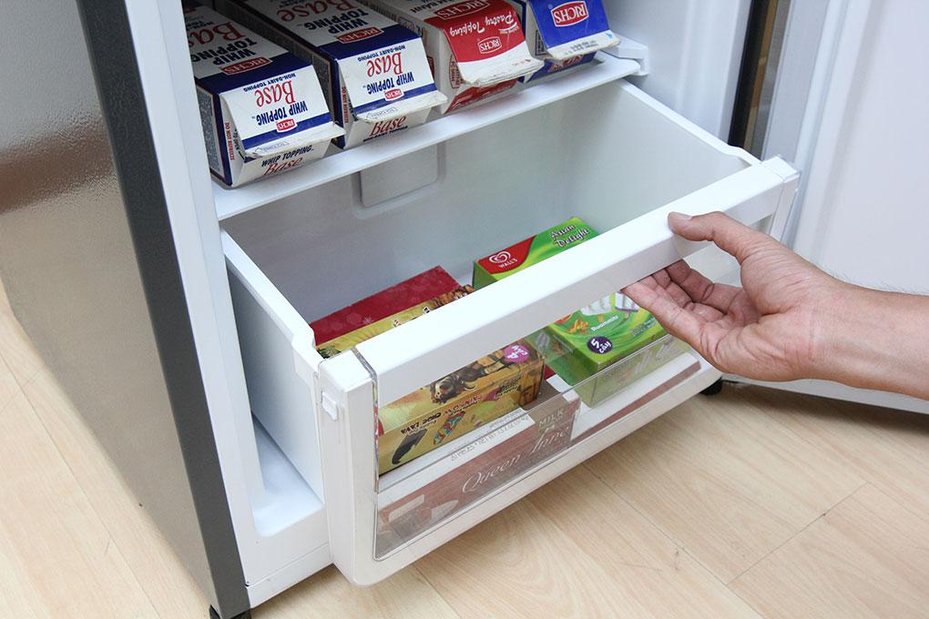Tủ lạnh Electrolux Inverter 251 lít EBB2600MG