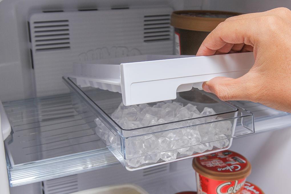Tủ lạnh Panasonic 167 lít NR-BA188PSVN