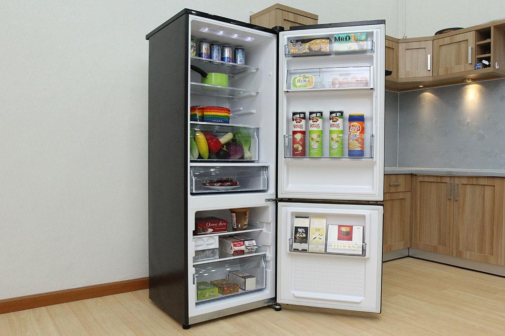 Tủ lạnh Panasonic Inverter 322 lít NR-BV368GKVN