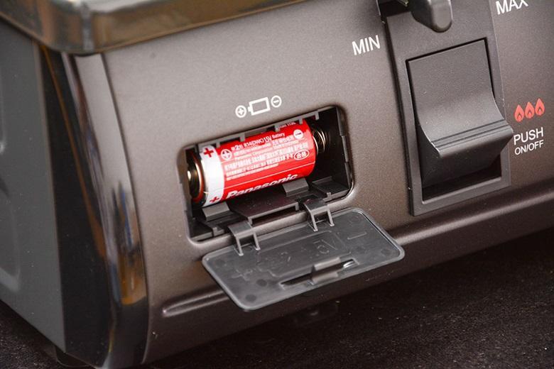 Đánh lửa bằng IC điện tử giúp bật tắt gas dễ dàng.